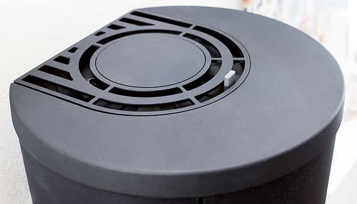 The adjustable damper enables you to regulate the amount of heated air from the stove.